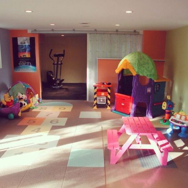 Child-friendly home – turning your garage into a playroom