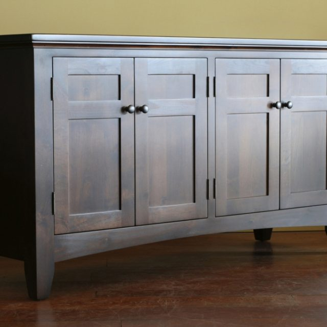 How to Save Money by Refurbishing Old Furniture