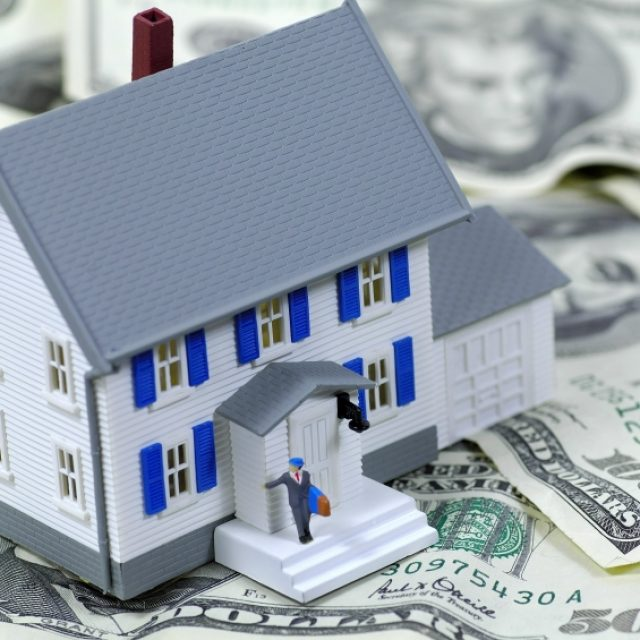 How to collect debt on the real estate market?