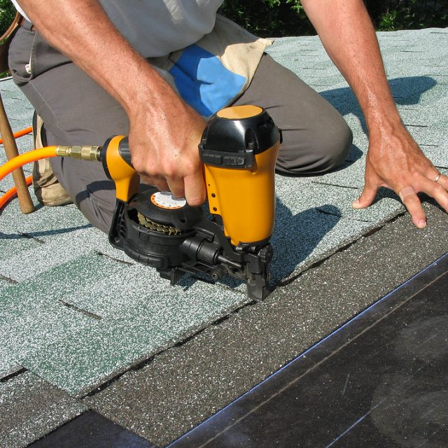 5 tips for choosing a residential roofing contractor