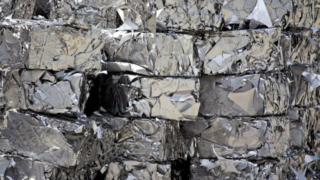 Benefits of aluminum recycling that your children should know