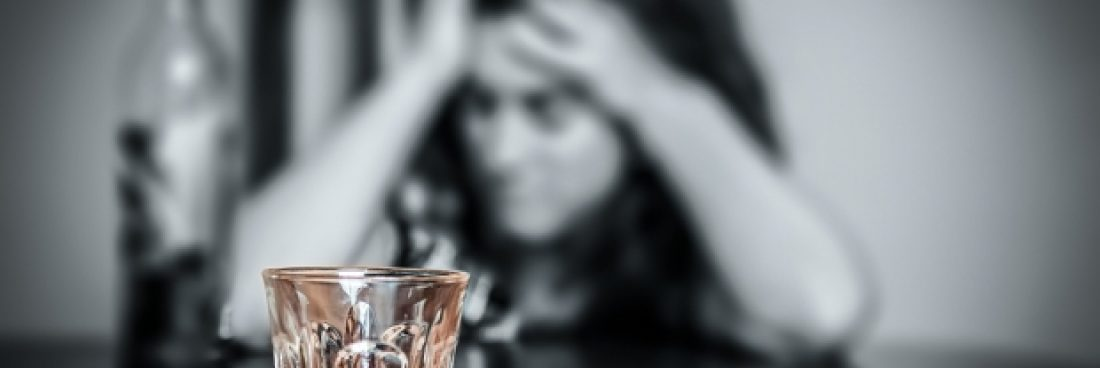 Alcohol Addiction: How to Determine When a Friend or Family Member Needs Help