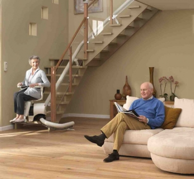 How to Choose a Stairlift Suitable for Staircase Picture